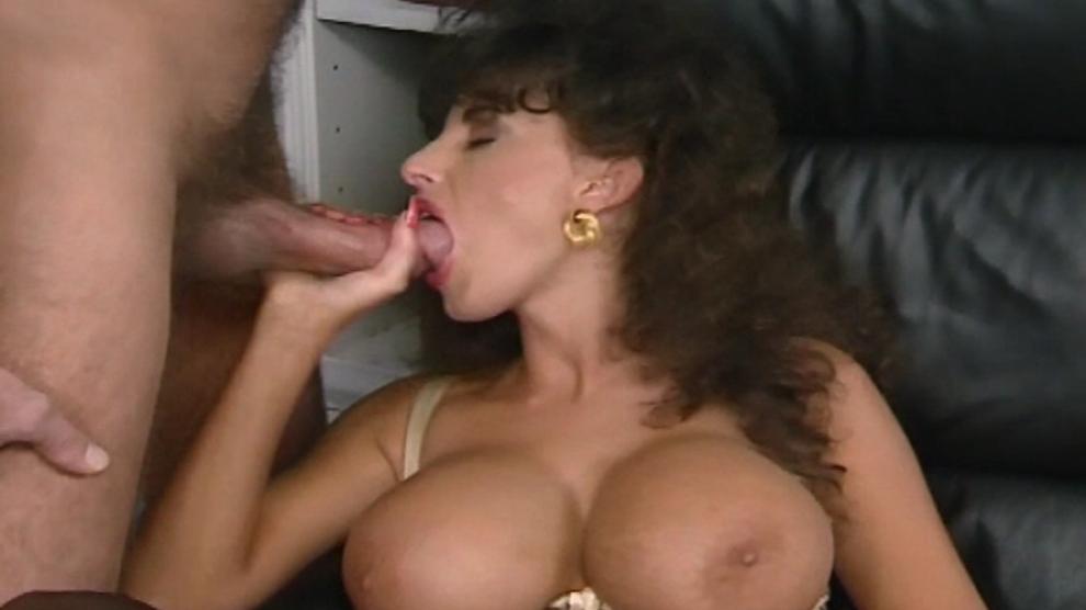 Porn sarah pics young Sarah Louise